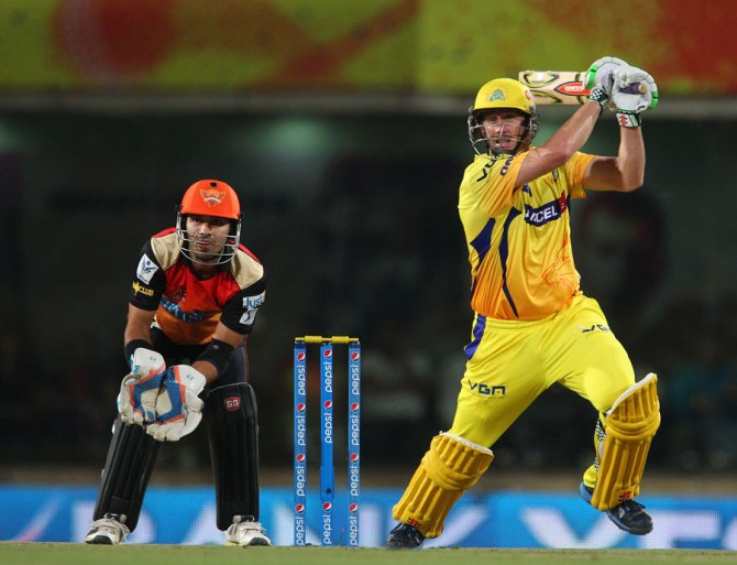 Hussey supported Dhoni with a gutsy half-century of his own
