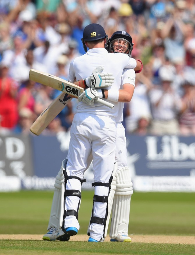 Root and Anderson now have the largest last-wicket partnership in Test history