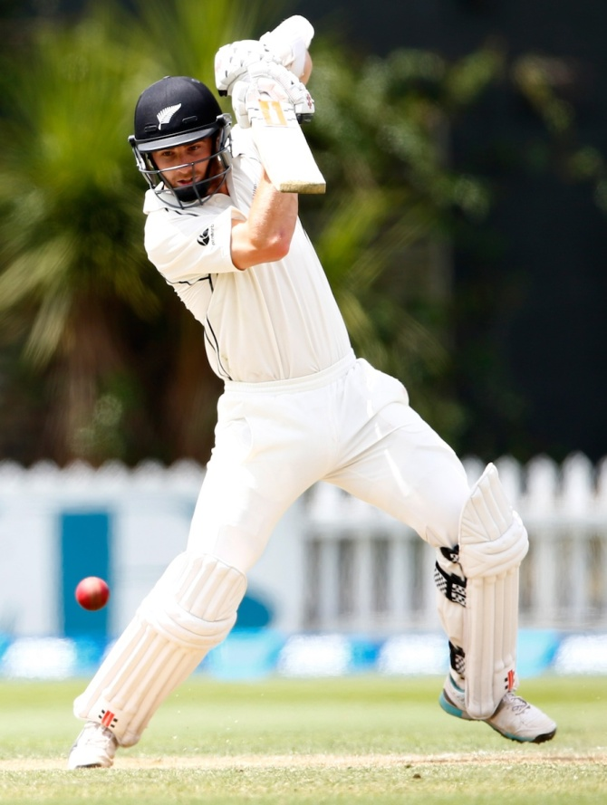 Williamson's superb form with the bat continued