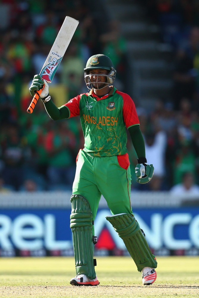 Al Hasan hit six boundaries and a six during his innings of 63