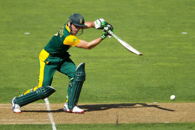 De Villiers hit six boundaries and four sixes during his knock of 99