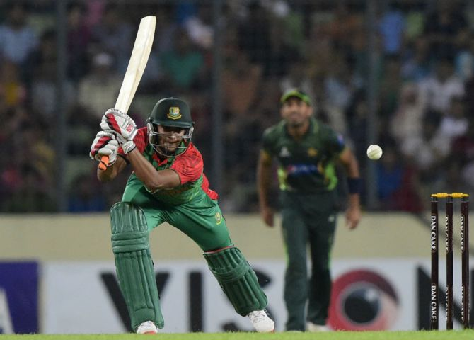 Al Hasan smashed nine boundaries during his unbeaten knock of 57