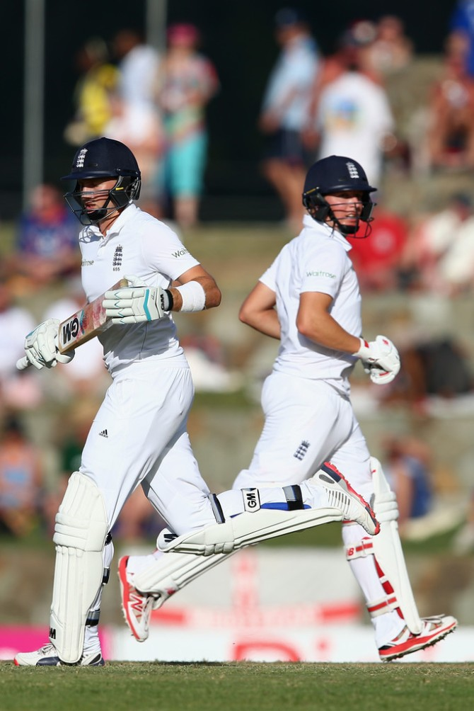 Root (left) and Ballance (right) amassed an unbeaten 64-run partnership