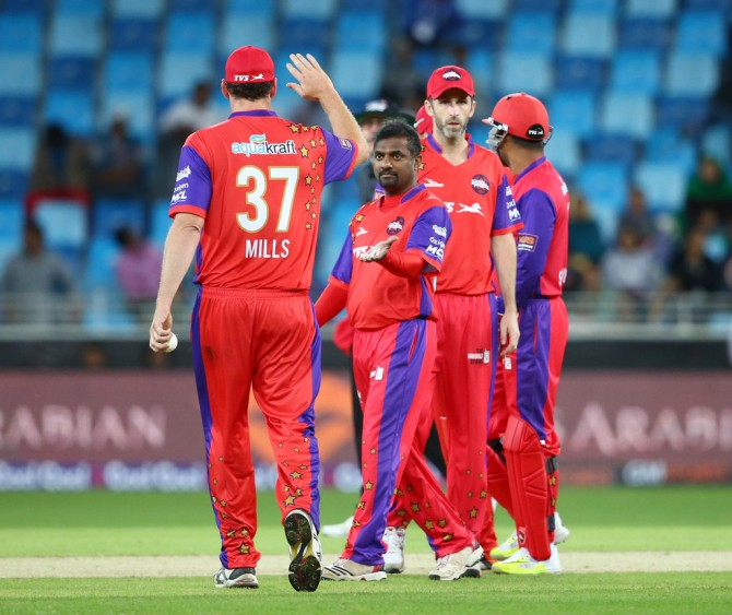 Muralitharan finished with figures of 4-19 off his four overs