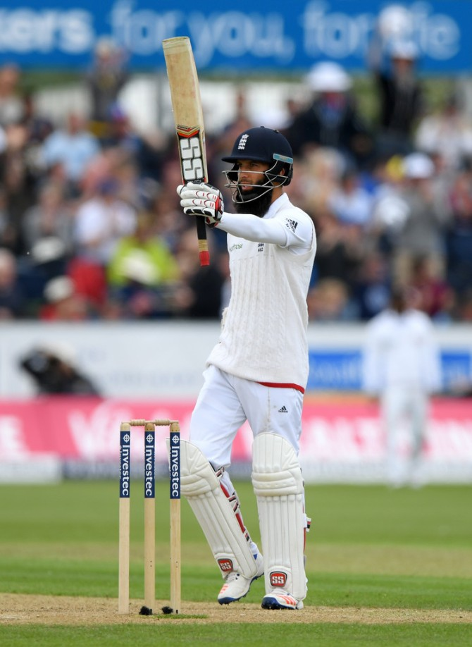 Moeen celebrates after scoring his second Test century