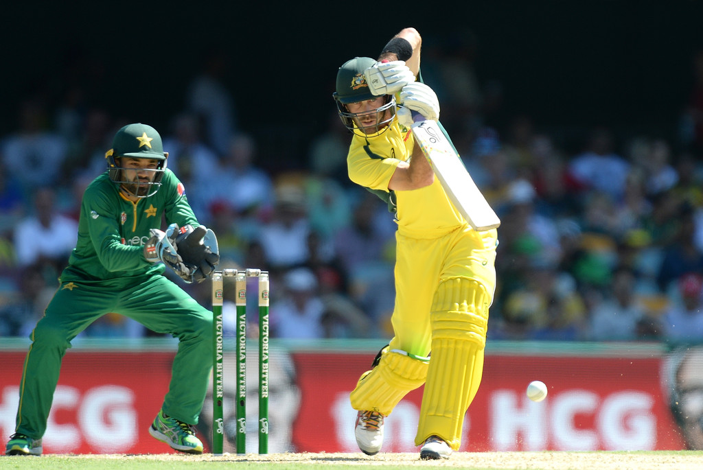Pakistan make quick work of Australian top order in Brisbane ODI