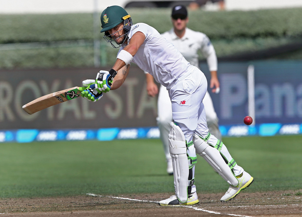 Highlights: Blackcaps v South Africa - Proteas fight back after early wickets