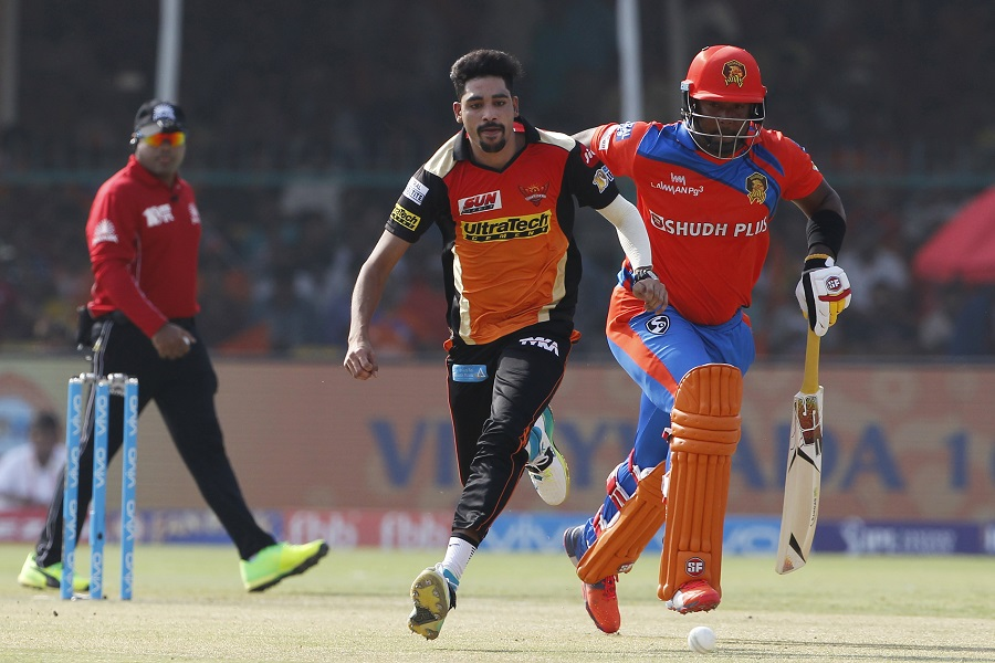 Sunrisers Hyderabad thrash Lions by 8 wkts, seal play-offs spot