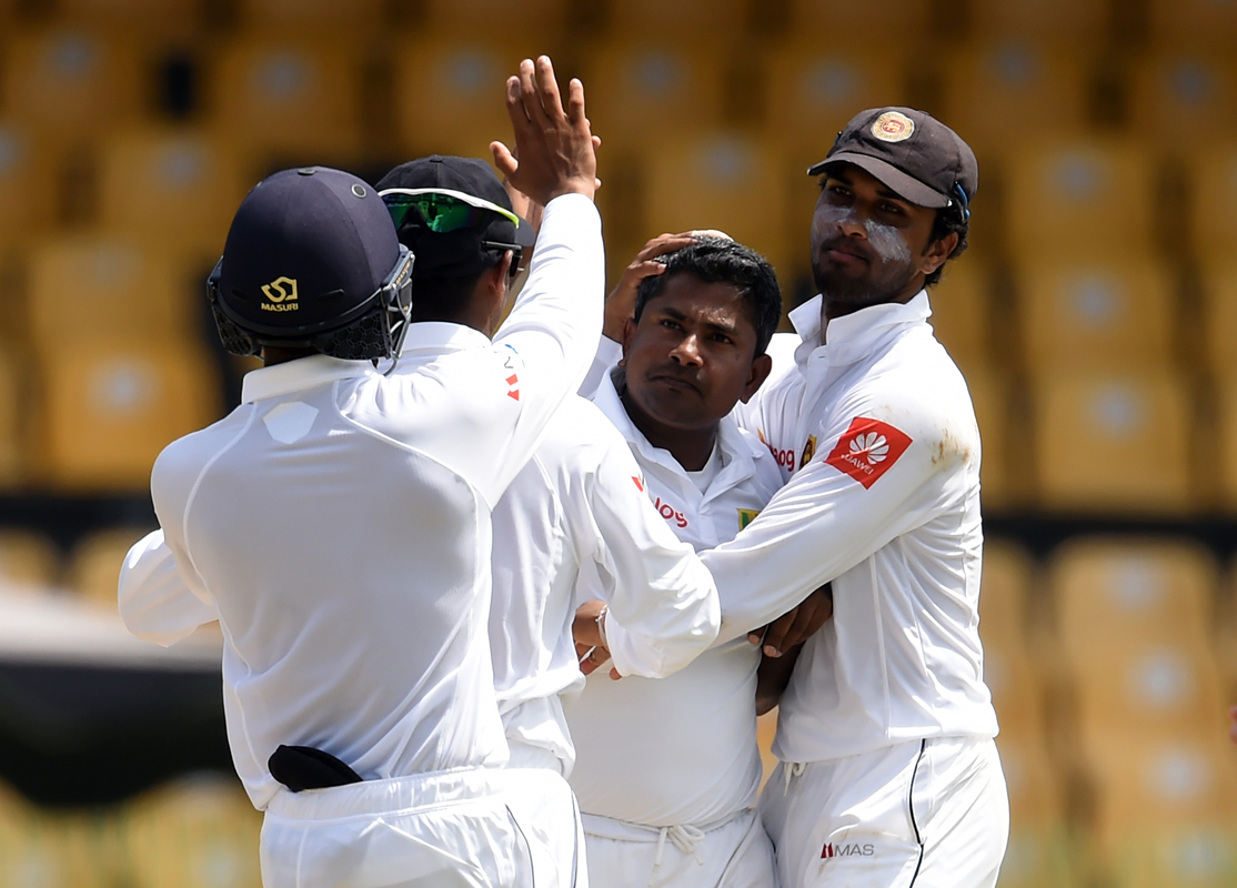 Sri Lanka bowl out Zimbabwe for 356 on Day 2